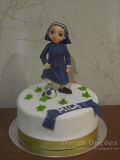 Bolo para o aniversário da irmã Mila