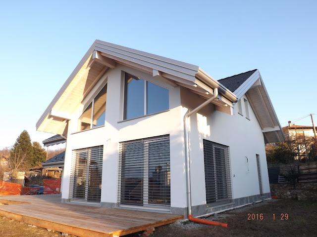 casa di legno appena finita