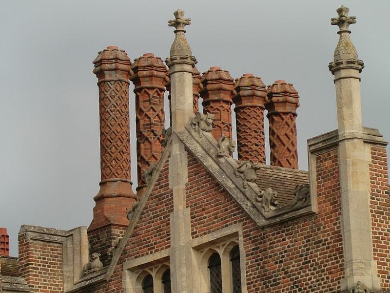Hampton Court Jardines Laberintos Y Fantasmas