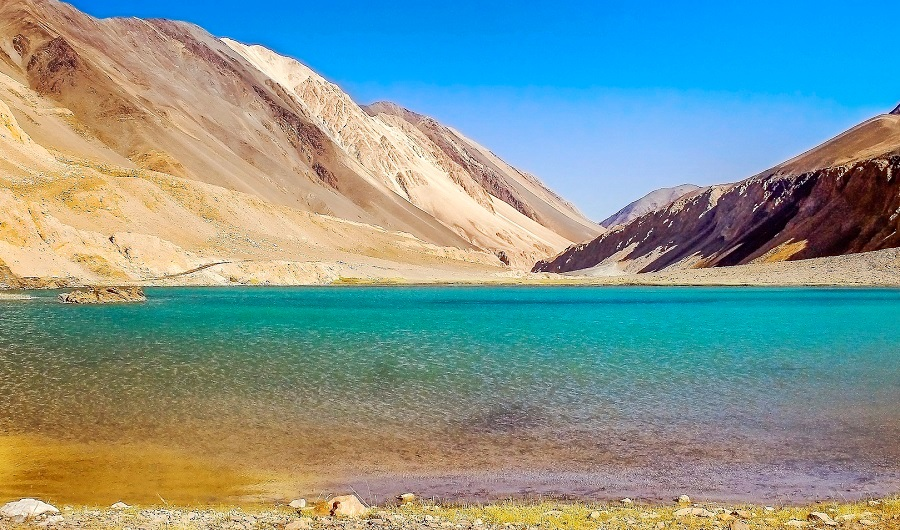 Pangong Tso Lake, Ladakh - The Most Attractive Appearance Of This Beautiful Lake Will Make You Fall In Love With It