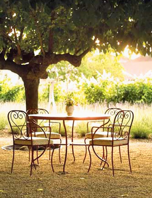 HALL Winery patio