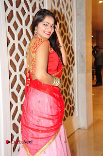 Actress Aswini Pictures at The Wedding Vows Fashion Show  0009.jpg