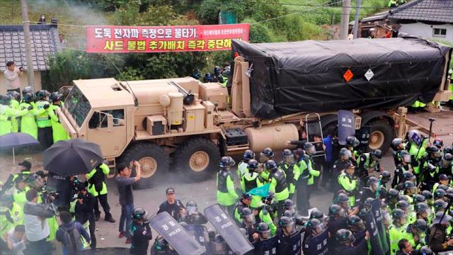 Cientos de surcoreanos se enfrentan a la Policía por el THAAD
