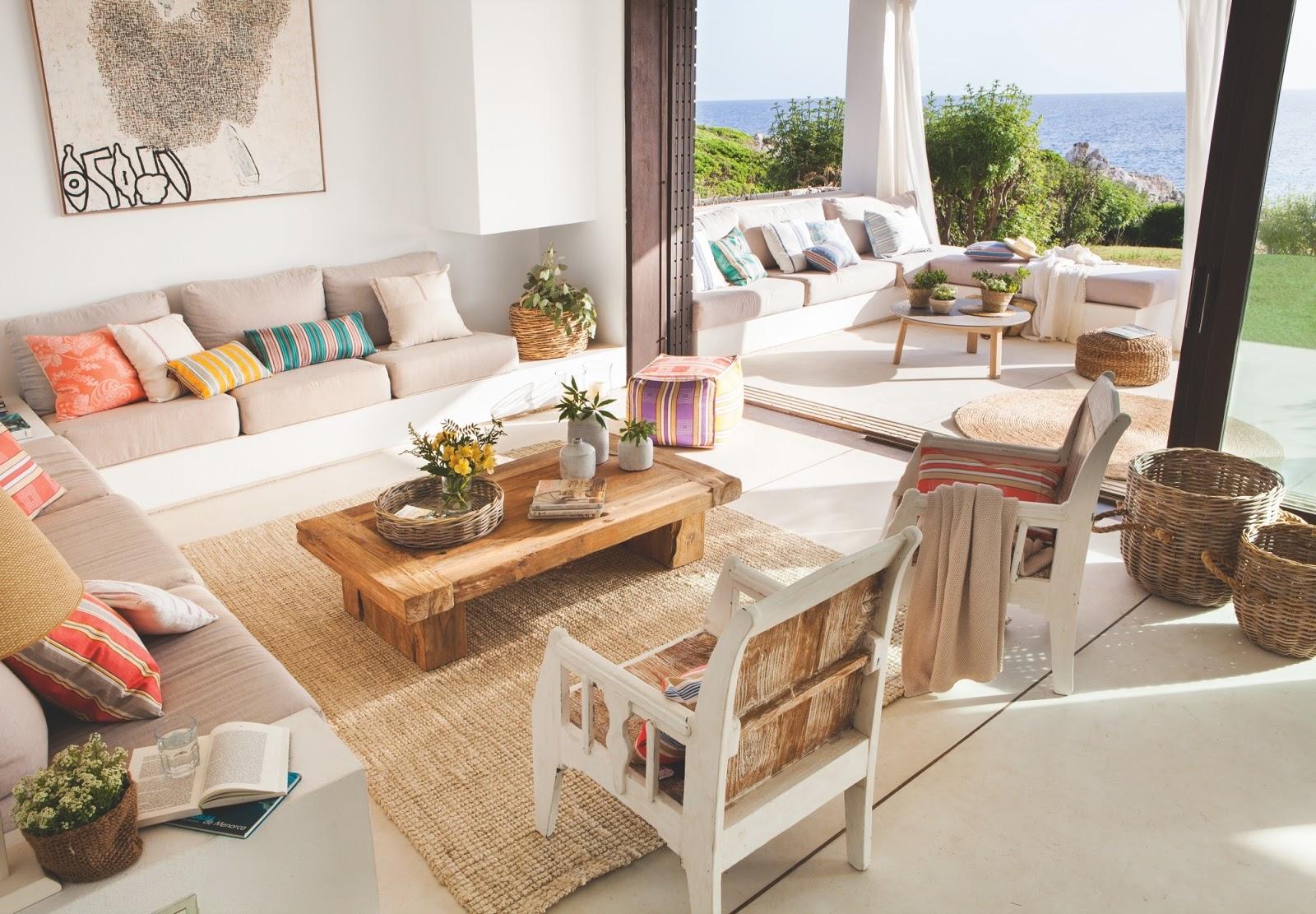 Culorile mării într-o minunată casă de vacanță din Menorca, Spania