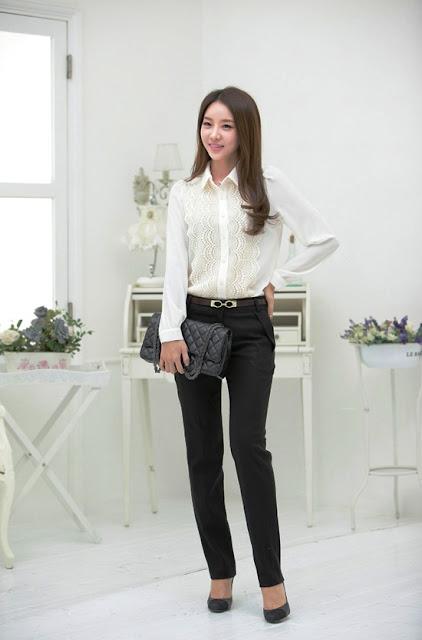 Model Baju Hem Putih Wanita Kasual Terbaru