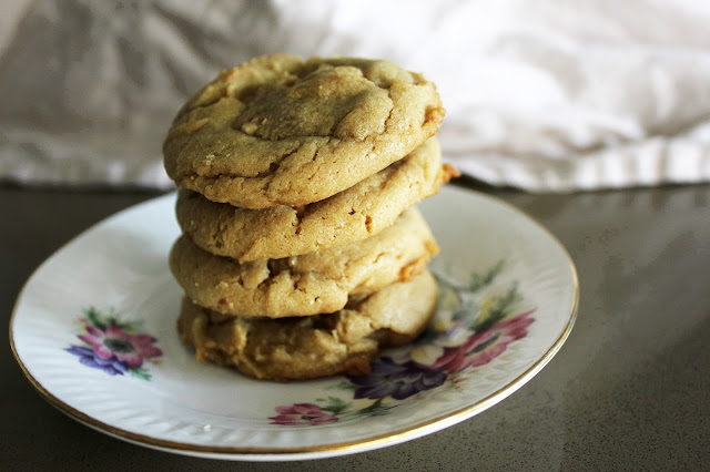 Recipe for Natural Peanut Butter Cookies by freshfromthe.com.