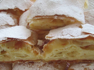 Savijača od sira /  Strudel with cheese