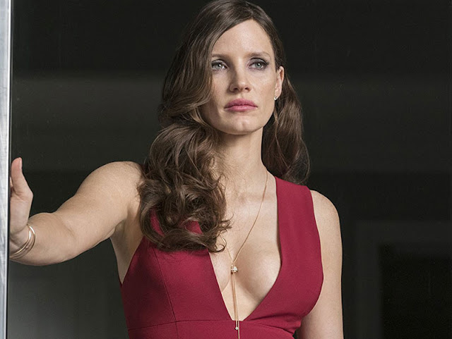 Molly Bloom (Jessica Chastain) dans Le Grand Jeu