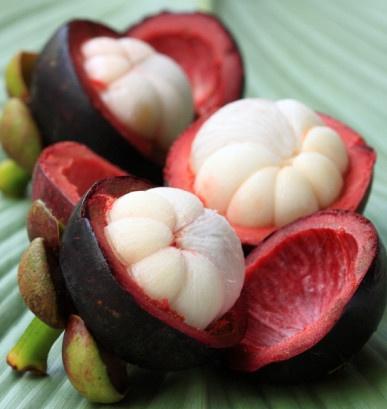 Xanthone: Manfaat mengejutkan dalam buah manggis