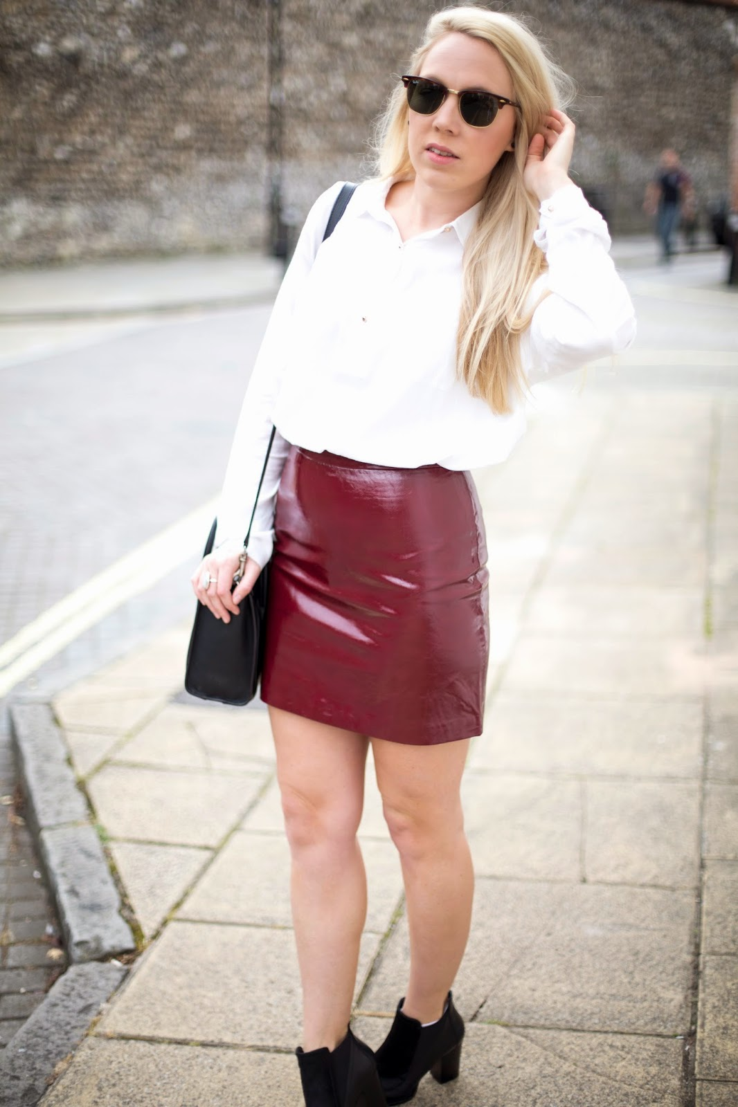 5e586d79 Red Patent Leather Skirt Zara