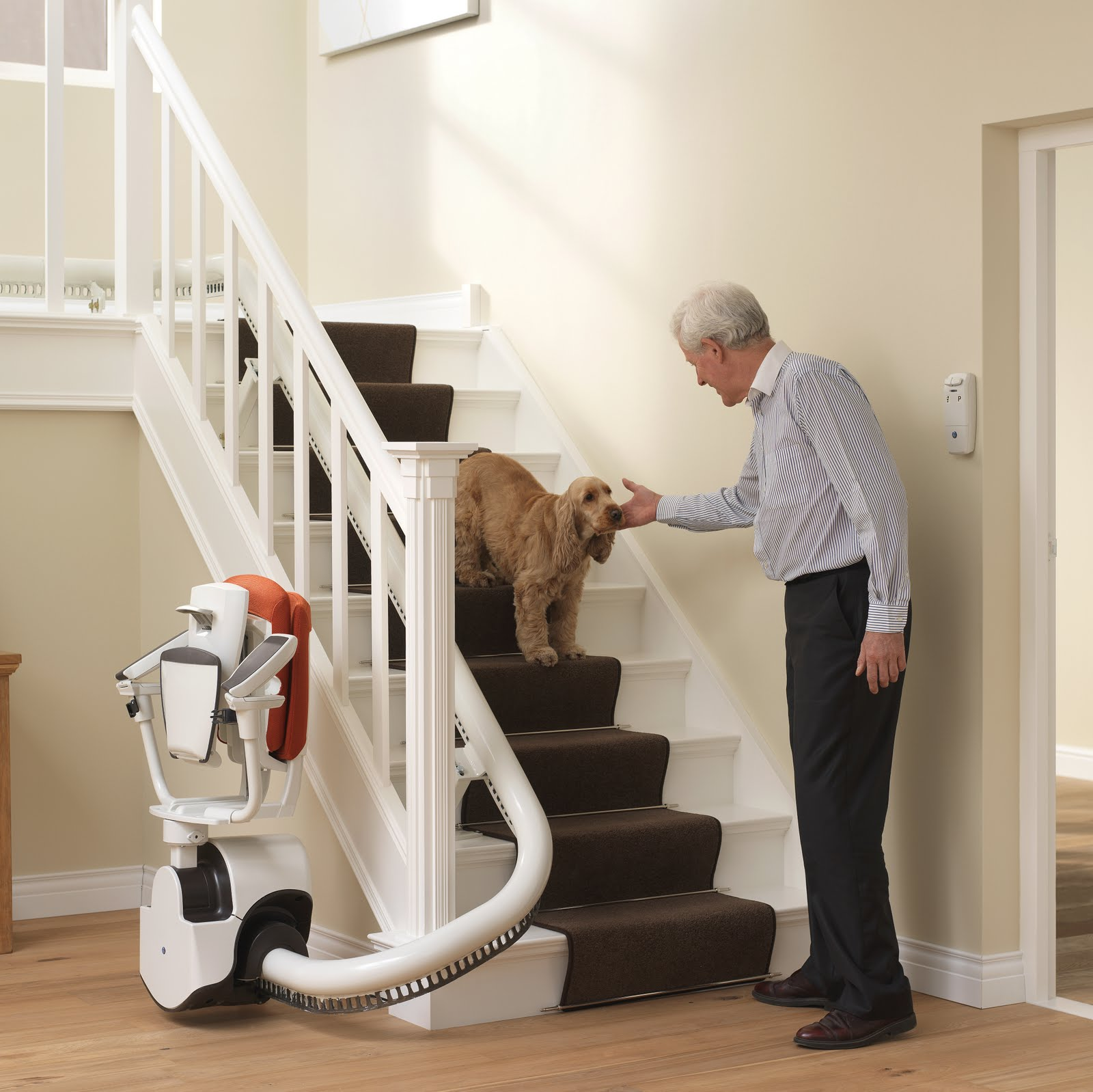 Treppenlift Thyssenkrupp Flow 2 Stair Lifts Flow 2 Stairlifts For Curved Stairs