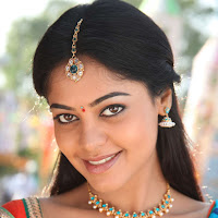 Bindhu madhavi latest pics in saree