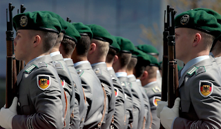 Γιατί οι γερμανοί στρατιώτες δεν υποχρεούνται να υπακούν στις εντολές ανωτέρων τους