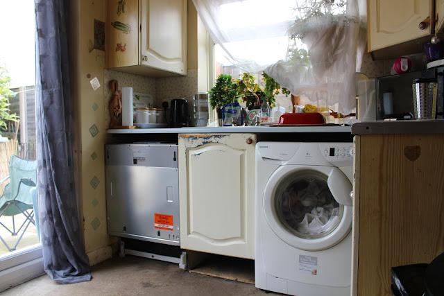 kitchen renovation - a new dishwasher