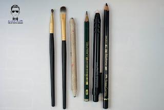 ادوات رسم الرصاص