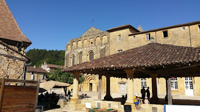 Abadia de Cadouin i el mercat