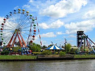 Argentina; Tigre; delta del río Paraná; parque de atracciónes