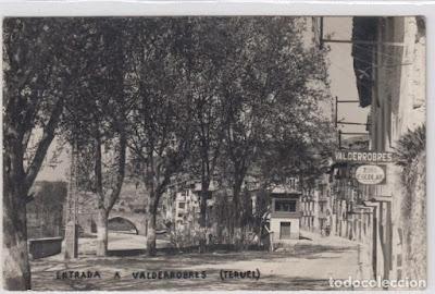entrada a Valderrobres, blang y negre, todocolección, costa del muro