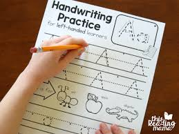 الكتابة باليد اليسرى