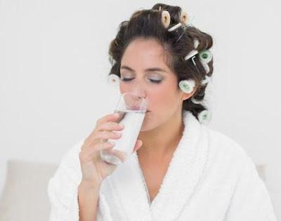 Minum Air Putih Pagi Hari
