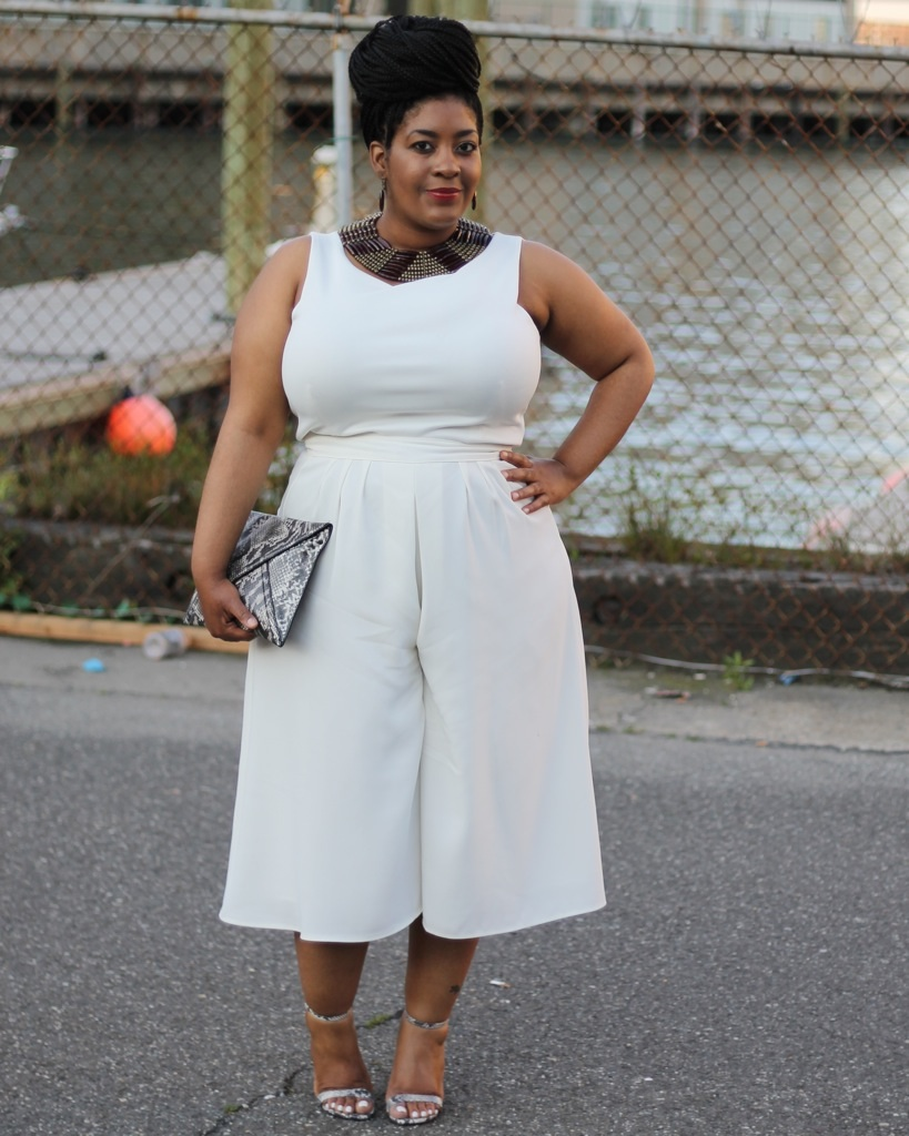 Buy Womens Plus Size White Dresses at Macy's. Shop the Latest Plus Size Dresses Online at northtercessbudh.cf FREE SHIPPING AVAILABLE! Macy's Presents: The Edit- A curated mix of fashion and inspiration Check It Out. Free Shipping with $75 purchase + Free Store Pickup. Contiguous US.