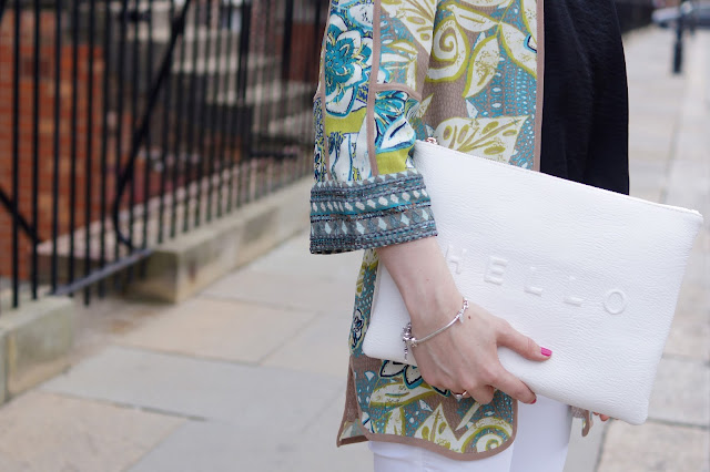 Hello Freckles Style Outfit Kimono M&S White Jeans Accessories
