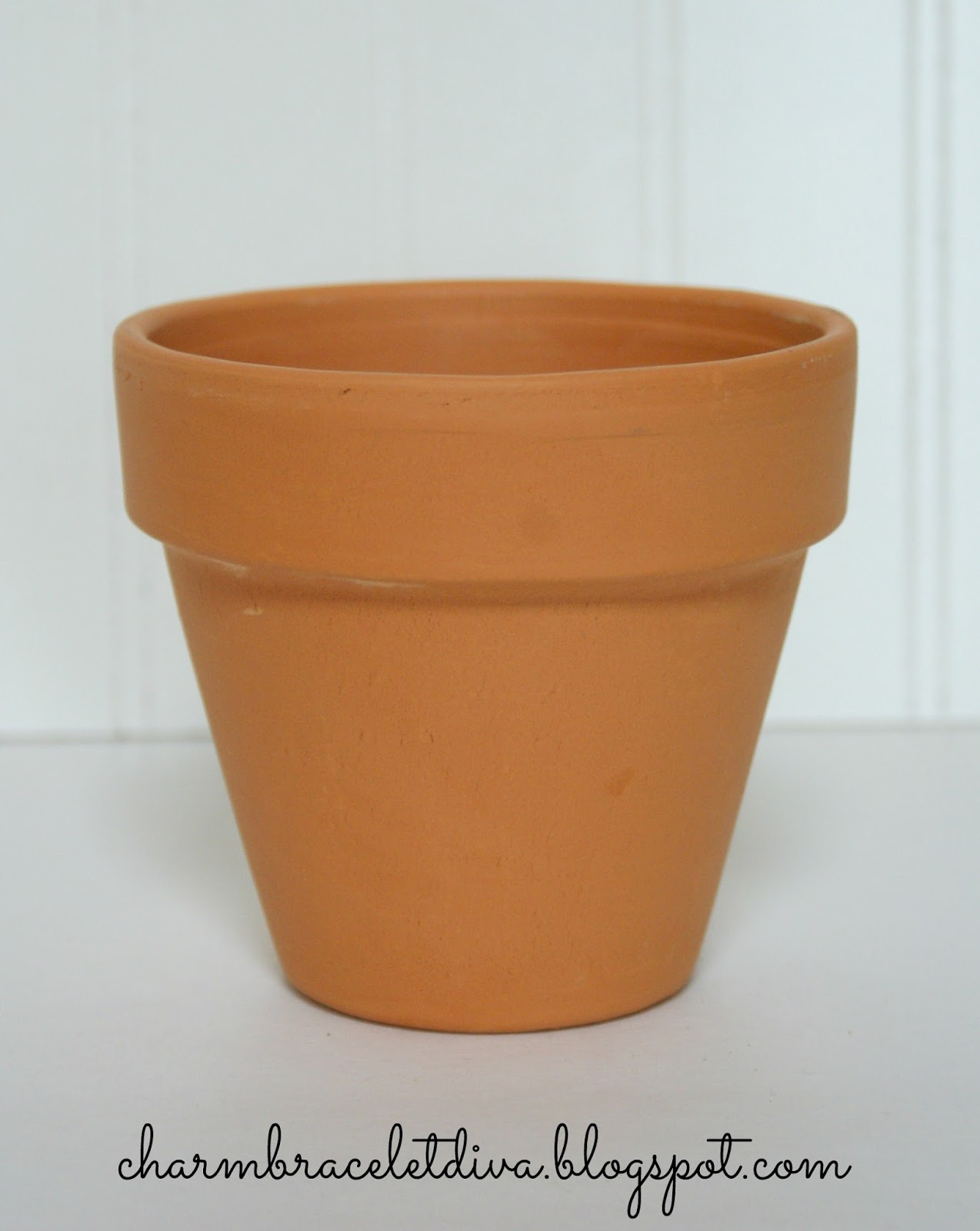 Our hopeful home how to age terra cotta pots in 5 minutes for Terracotta works pots