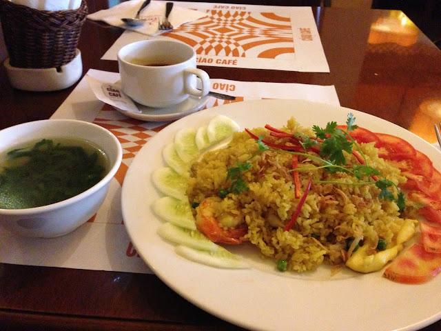 fried-rice-ciaocafe-hanoi チャオカフェの広東風チャーハン
