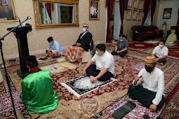Rusli Habibie Laksanakan Salat Idulfitri di Rumah Jabatan Gubernur Gorontalo