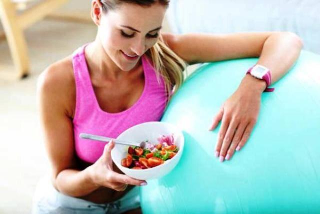 Jika Merasa Lapar, Makanan Apa yang Paling Baik Dikonsumsi Sebelum Olahraga?