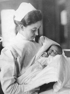 Faleceu a última sobrevivente do Titanic mais ela antes revelou seu escuro segredoc