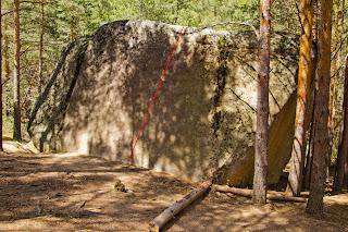 Croquis Boulder de los Buriles, 6a (Yendo hacia Collado Cabrón, La Pedriza)