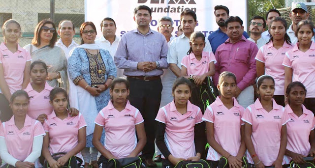 DLF Foundation offers a state-of-the-art hockey kit to the Gurgaon Women's Hockey Team