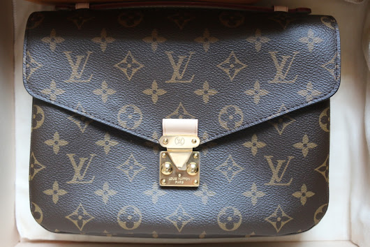 HOW I LOST FAITH IN LOUIS VUITTON: THE POCHETTE MÉTIS EXPERIENCE