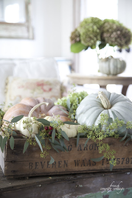 12 of the easiest simple autumn vignette ideas french country cottage bloglovin - French country table centerpieces ...