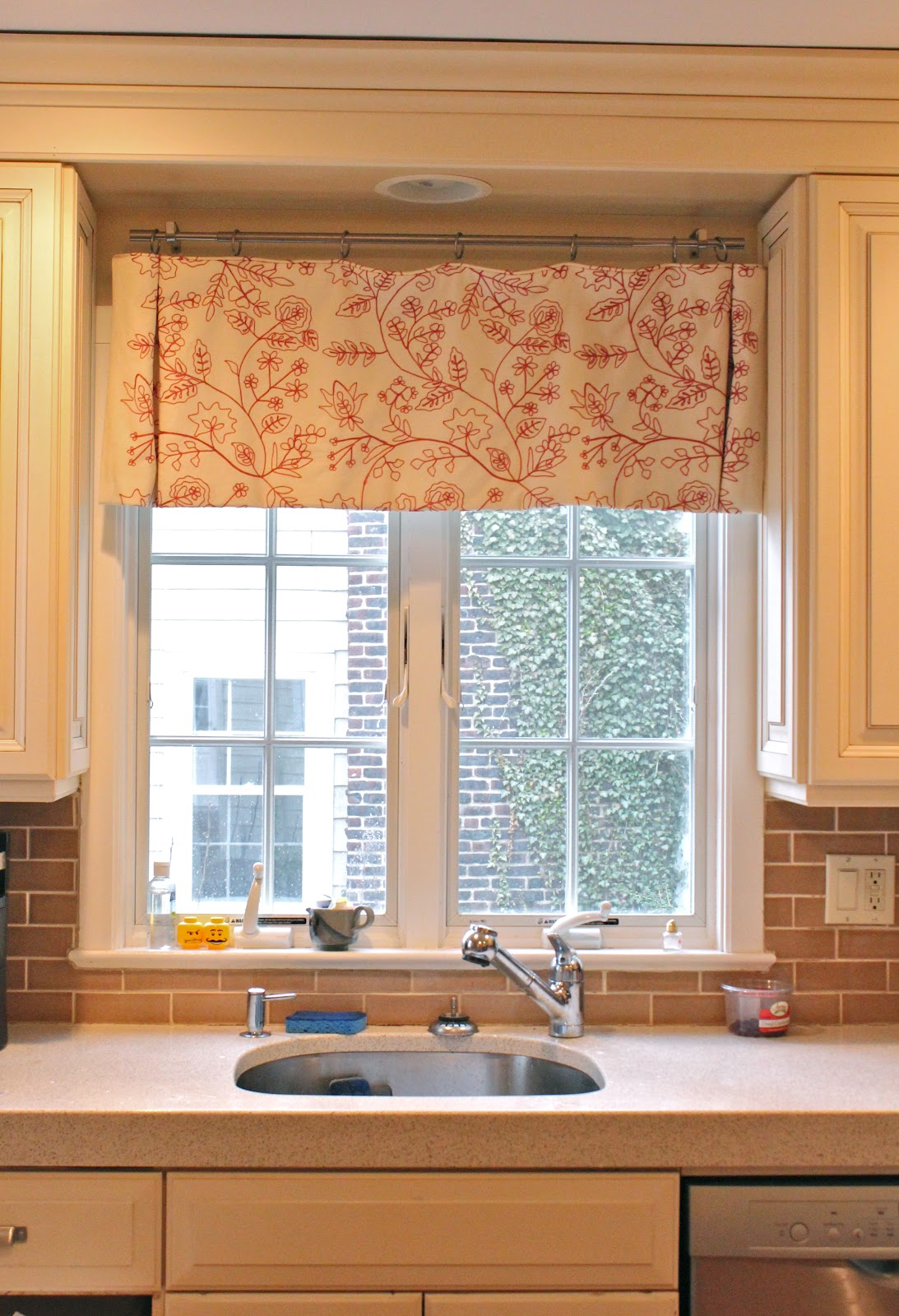 Pleats Amp Puddles Custom D Ries And Bedding Valances