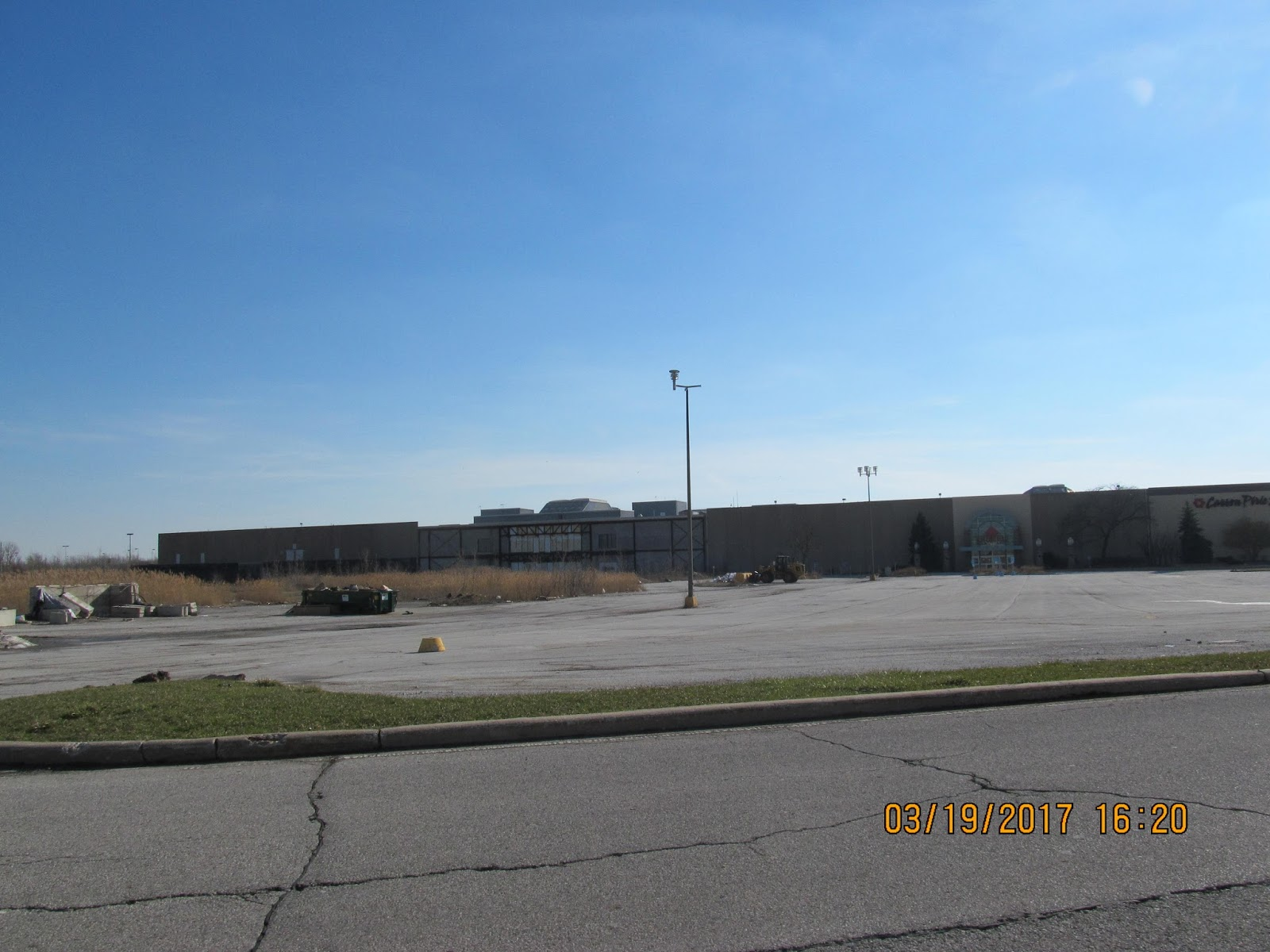 Trip To The Mall Lincoln Mall In Matteson What S Left