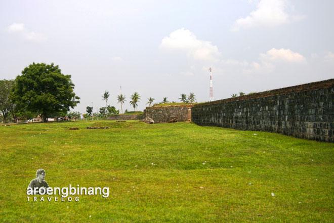 kolam perlindungan benteng keraton surosowan banten lama
