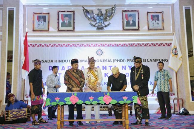 Hadiri Perayaan Nyepi, Gubernur Lampung Beri Hibah Tiga H Tanah Bagi Umat Hindu