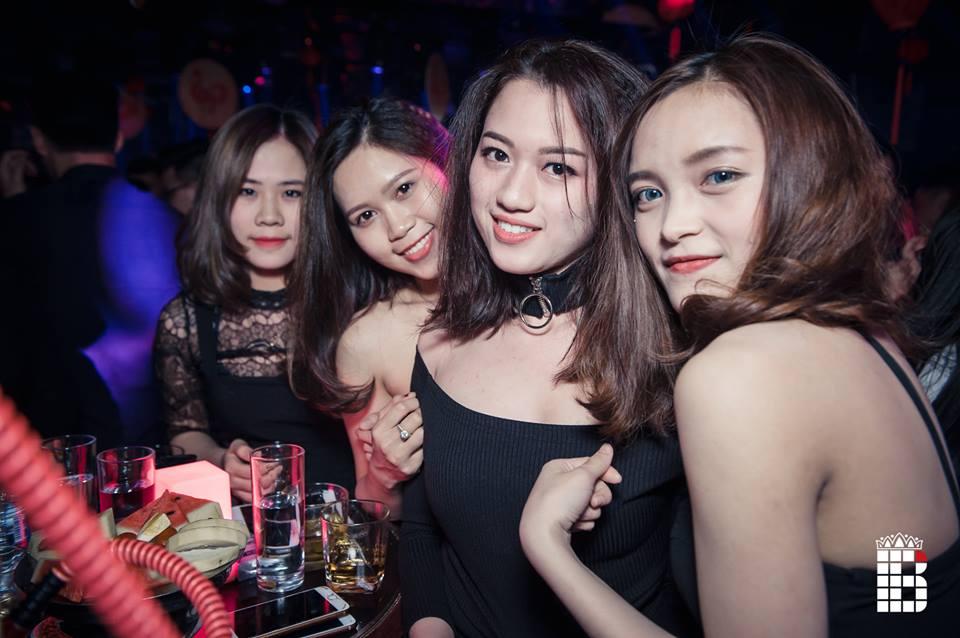 Hanoi girls