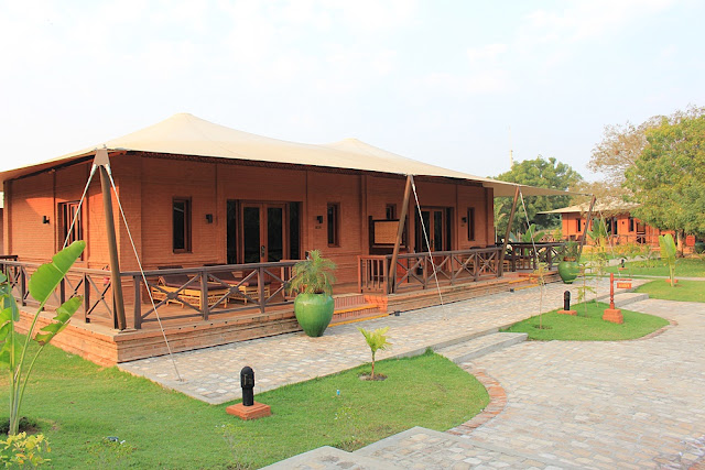 Bagan Lodge Resort