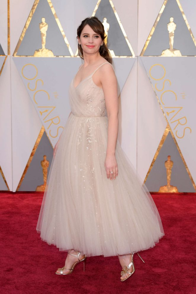 Felicity Jones channels a ballerina in Dior at the 2017 Oscars