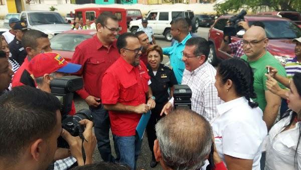 """""""Ya firmé el punto de cuenta para ingresar al @MPPEDUCACION a los y las colaboradores colaboradoras de la @OBEVenezuela"""""""