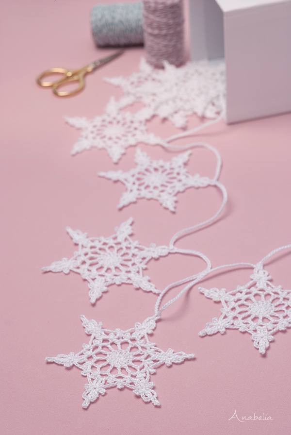 Snowflake crochet motif nr 4 pattern by Anabelia Craft Design
