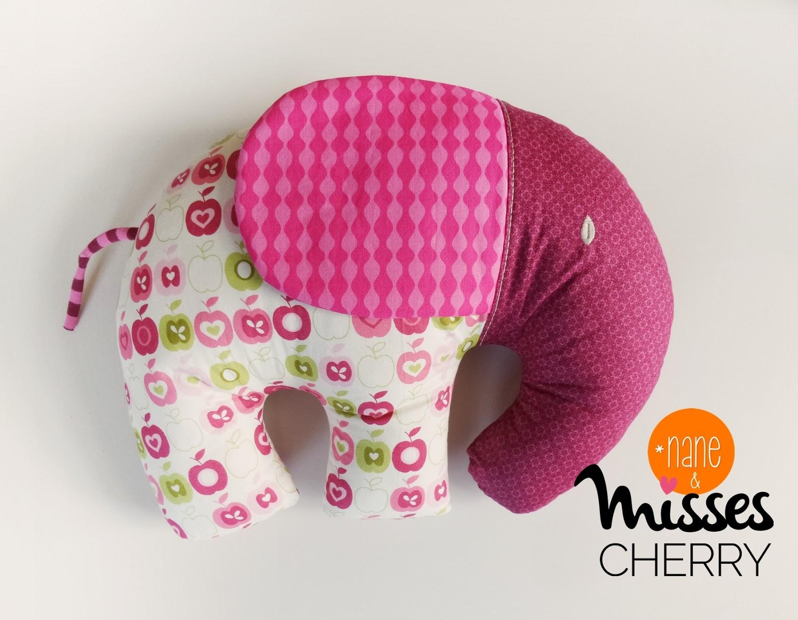 Misses Cherry: Elefantenkissen
