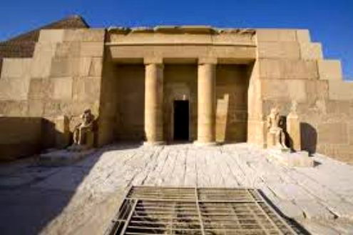 Six Old Kingdom tombs to be opened at Giza Plateau