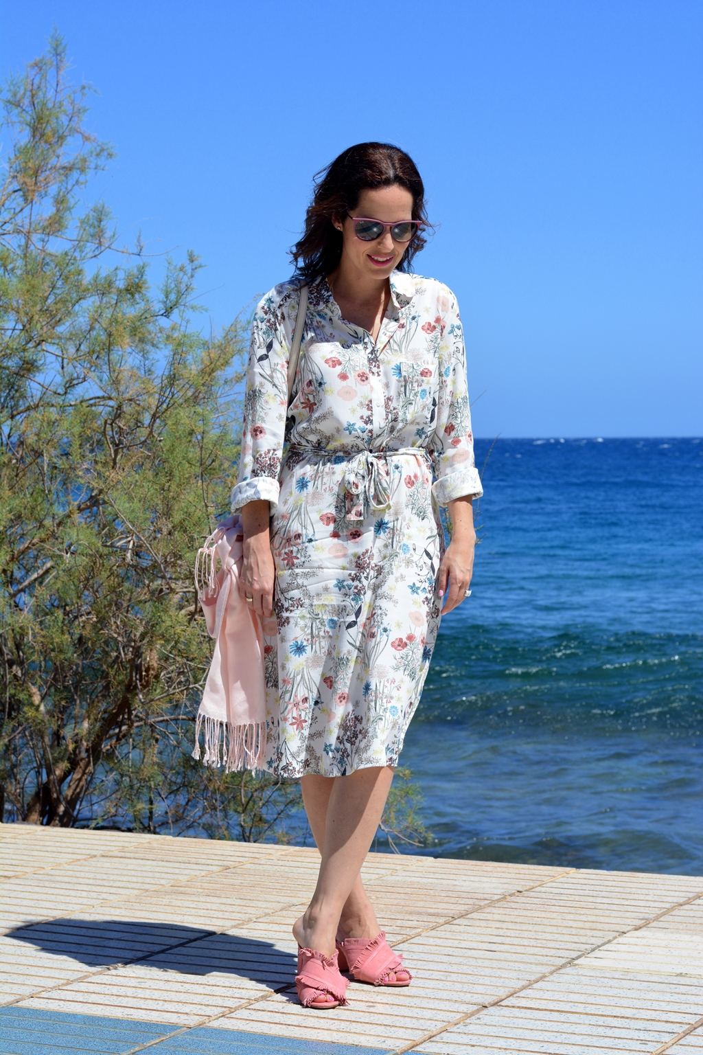 flower-dress-outfir-blogger-canaria