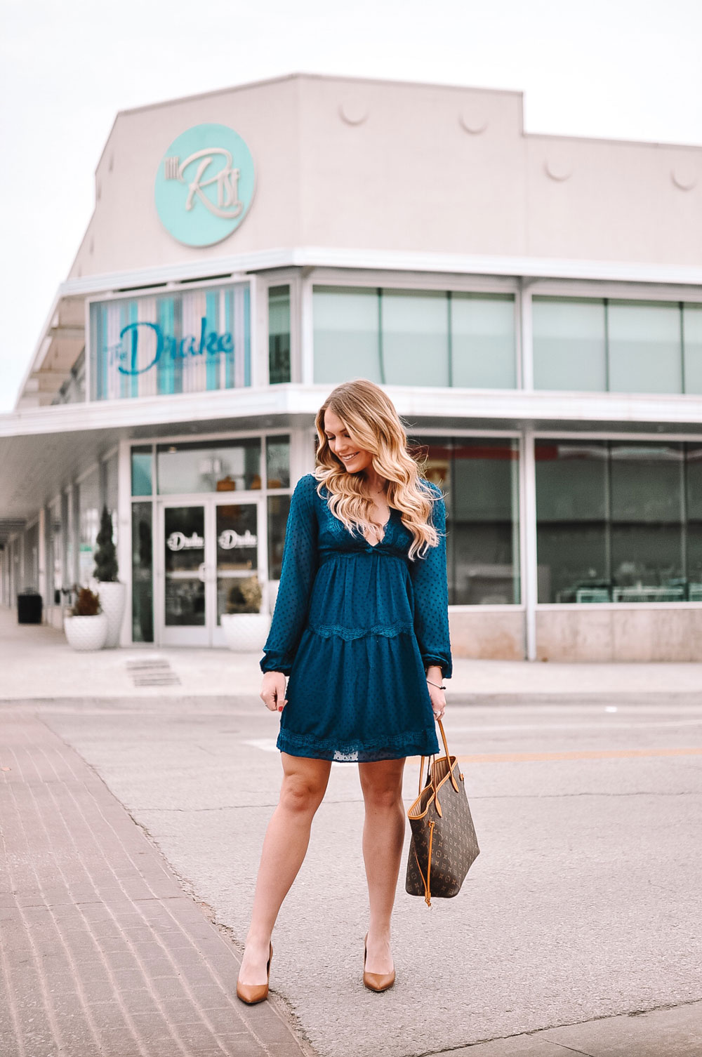 Date Night outfit at The Drake in OKC's Uptown 23rd District