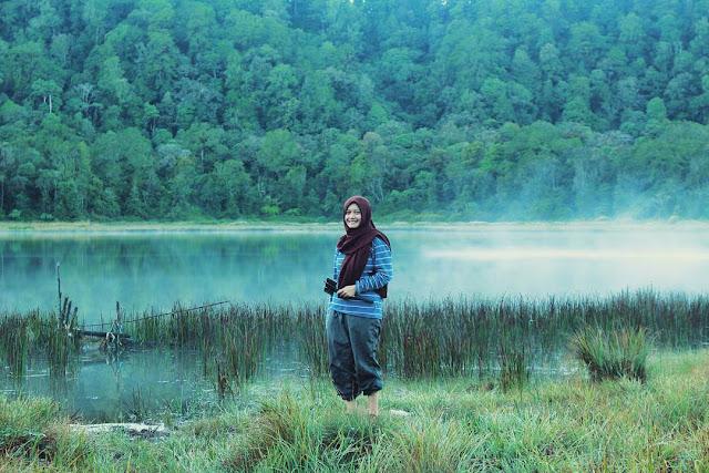 foto danau taman hidup gunung argopuro