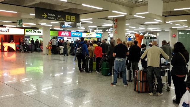 Locadoras de carro no aeroporto de Madri